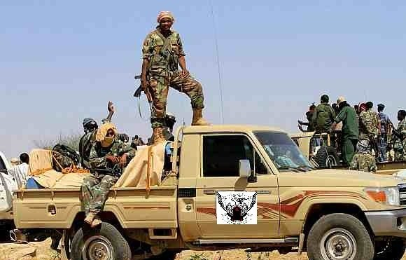بالفيديو.. سيارات (الدعم السريع) تجوب شوارع العاصمة السودانية وأفرادها يهتفون (الدم قصاد الدم ما بنقبل الدية)