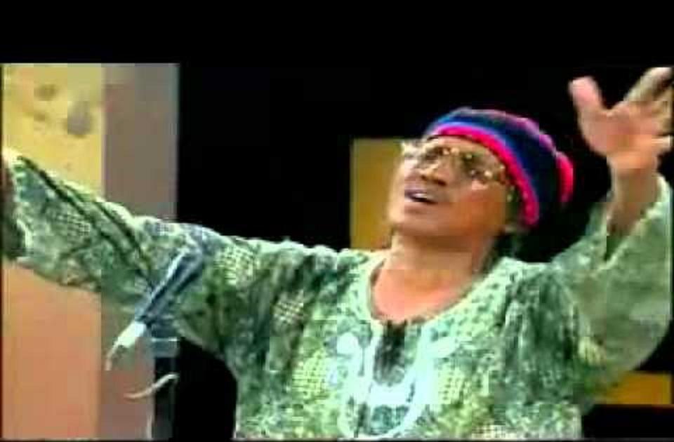 بالفيديو :عودة صوت الفنان النور الجيلاني للانطلاق وهو يغني (مدنيااااو) مع الفنان طه سليمان
