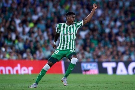 رسمياً.. برشلونة يعلن التعاقد مع جونيور فيربو حتى 2024