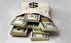 """تجار عملة يؤكدون استعدادهم لتوريد أموالهم بالمصارف بعد إصلاح سياسات """"المركزي"""""""