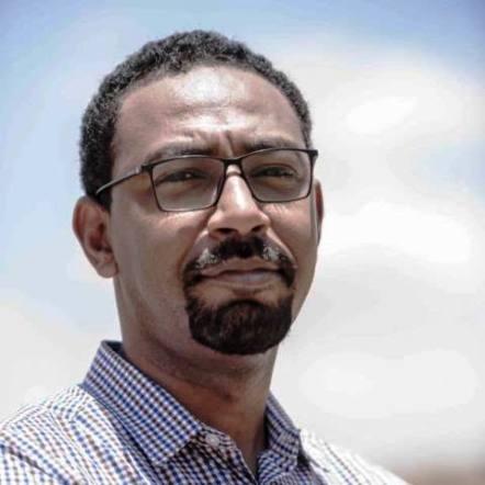 """القيادي بالحرية والتغيير """"أمجد فريد"""" : سنصلح المؤسسة العسكرية حتي تخرج البندقية من السياسة للأبد"""