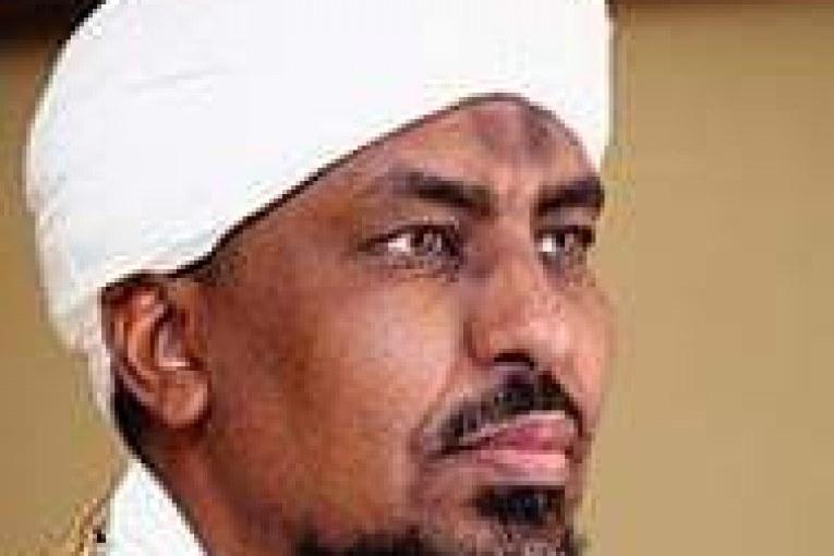 الشيخ محمد عبدالكريم : ليس أمام أهل السودان خياراً سوى الإطاحة بالحكومة