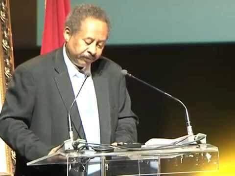 التشاكس السياسي بين الشركاء.. تهديداً لاستمرارية حكومة حمدوك