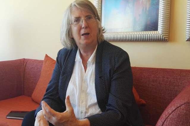 السفيرة البريطانية السابقة في الخرطوم روزاليندا: (…) هذا ما حدث بيني والبشير في (لقاء البركاوي)