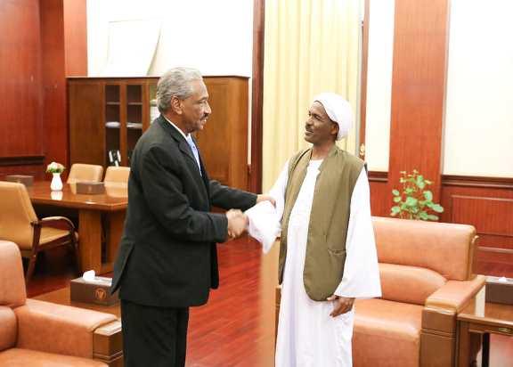الأمين داؤود : سنعود لمنبر جوبا لاستئناف التفاوض من أجل السلام