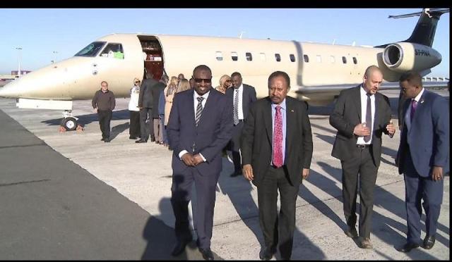 رئيس مجلس الوزراء يصل بروكسل