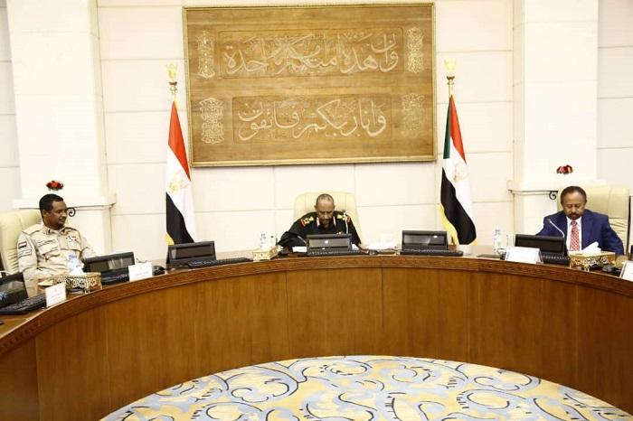 مجلس الأمن والدفاع يستمع لتنوير حول أحداث الخميس