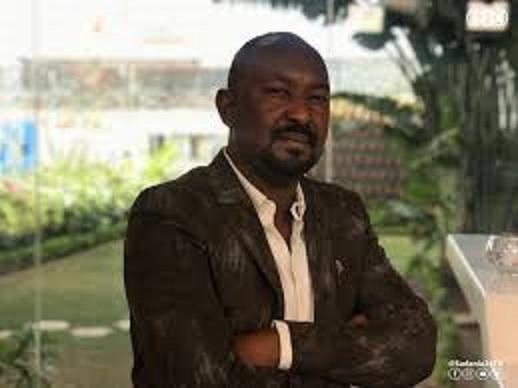 بالفيديو :مهندس سوداني يحل مشكلة صفوف الخبز ويعفي السودانيات من هموم (عواسة) الكسرة