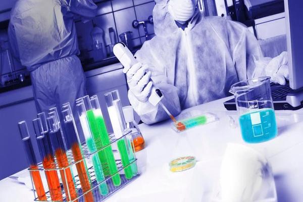 وثيقة مسرّبة من البنتاغون تكشف موعد اللقاح!
