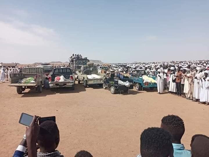تشييع ضحايا حادث طريق نيالا الفاشر بمنطقة (شنقل طوباي)