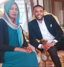 محمد عيسي: ارتديت في ( أغاني وأغاني) الوانا احبها و الأذواق تختلف